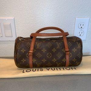Authentic Louis Vuitton papillon 26 roll purse